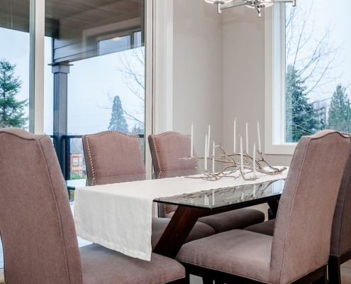 Dining room – 6212 Southeast Yamhill Portland Oregon